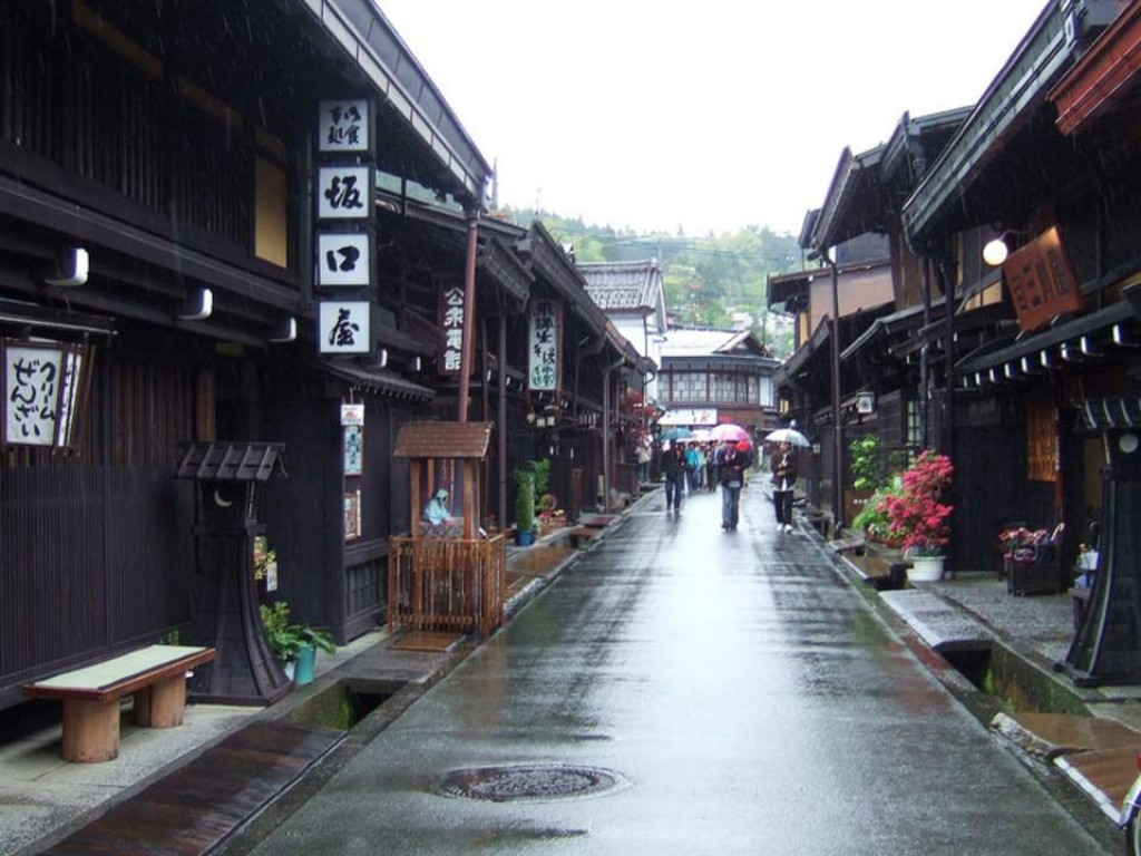Fuji Takayama Shirakawago 3 Days Tour Packages 2